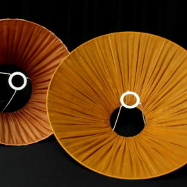 Ambiance abat-jour tonkinois et tambour cousu main plissé froncé tissu liberty et motifs Ikat Métissage et Matières