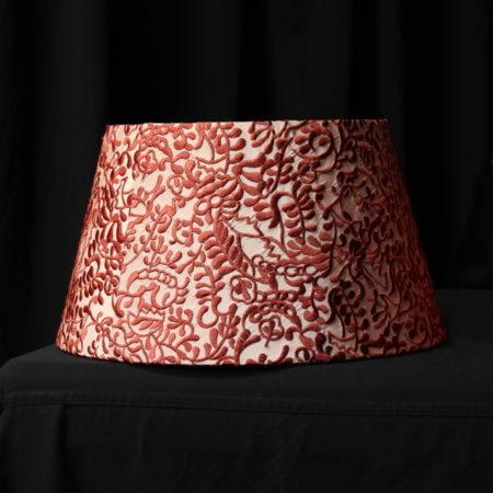 Suspension forme Tambour avec diffuseur en taffetas recouvert de soie brodée tissu éditeur KARIN SAJO Métissage et Matières