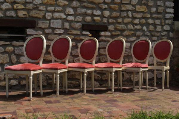 Restauration chaises médaillon style Louis XVI avant réfection Tapissier tapissière Fabricant de luminaires abat-jour Métissage et Matières Yvelines 78 Eure 27 Hauts-de-Seine 92 Paris 75