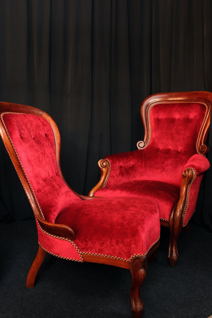 La Chaise Longue Yvelines on chaise furniture, chaise recliner chair, chaise sofa sleeper,