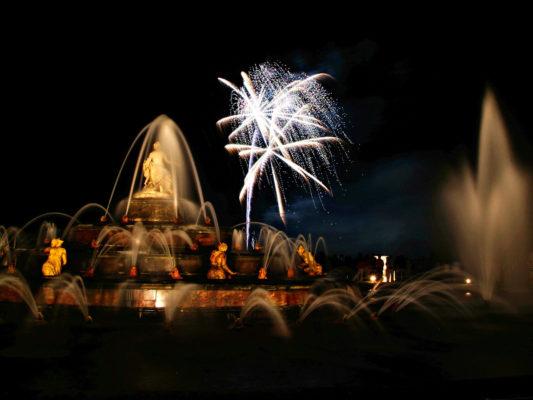 La Cour des Métiers d'Art à Versailles du 17 au 19 novembre 2017 au palais des congrès de Versailles - Tapissier tapissière Fabricant de luminaires abat-jour Métissage et Matières Yvelines 78 Eure 27 Hauts-de-Seine 92 Paris 75